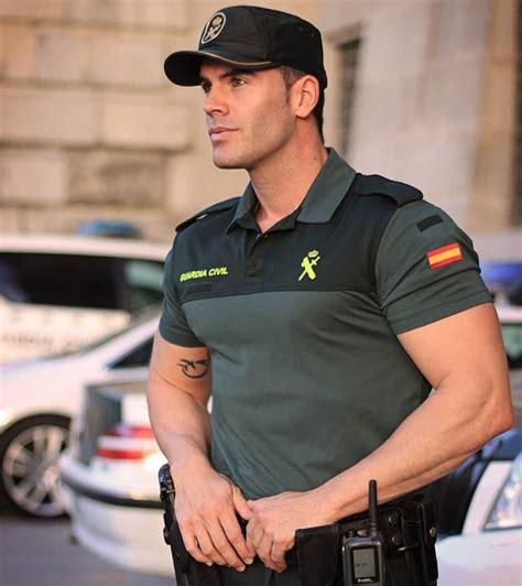 La Guardia Civil ataca de nuevo con otra foto de un ...