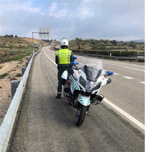 La Guardia Civil intercepta a un camionero en Villastar ...