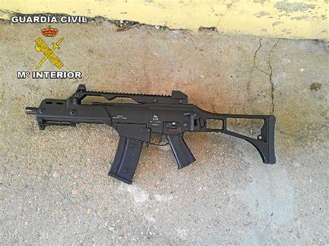 La Guardia Civil interviene 11 armas de aire comprimido