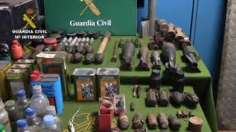La Guardia Civil interviene armas y material explosivo en ...