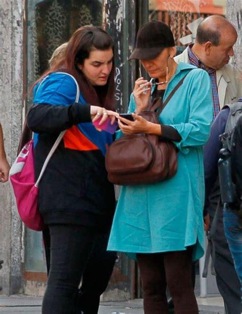 La hija de Zapatero, de compras con su madre