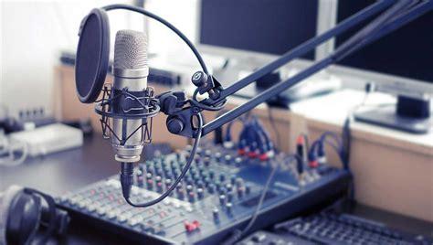 La importancia de escuchar radio – Taller de producción de ...