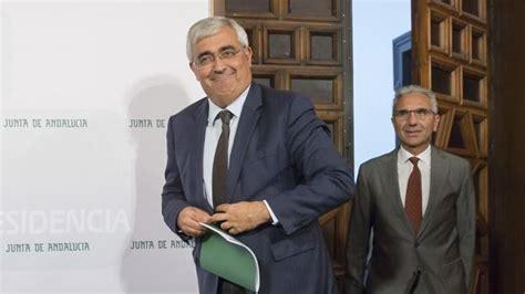 La Junta de Andalucía aprueba medidas para tres colectivos ...