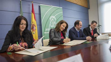 La Junta firma convenios para construir la EDAR de ...
