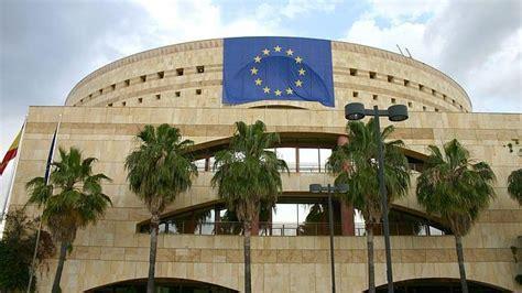 La Junta gastará 250.000 euros en clases de liderazgo y ...