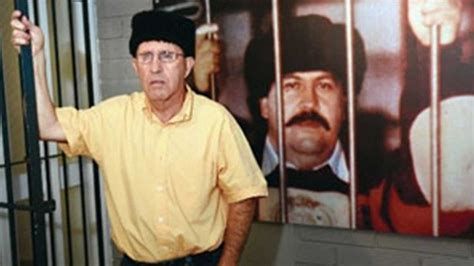 La macabra alianza entre ETA y Pablo Escobar que dejó ...