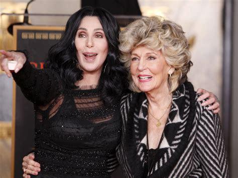 La madre de Cher: así es la mujer que la trajo al mundo