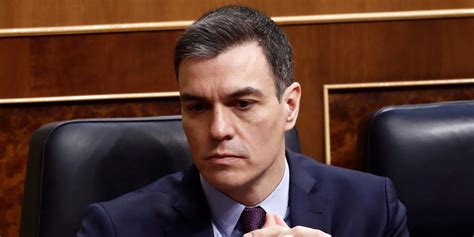 La madre y el suegro de Pedro Sánchez, ingresados por ...
