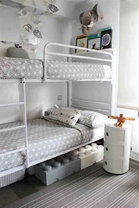La moderna habitación infantil de Jon y Mikel. Inspiración ...