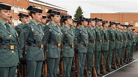 La mujer en la Guardia Civil: un 6,5 % de la plantilla y ...