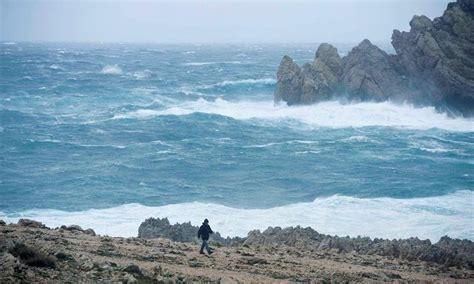 La nieve, viento y olas ponen en alerta a 25 provincias de ...