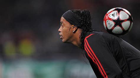 La nueva faceta de Ronaldinho: Confiesa qué hará ahora que ...