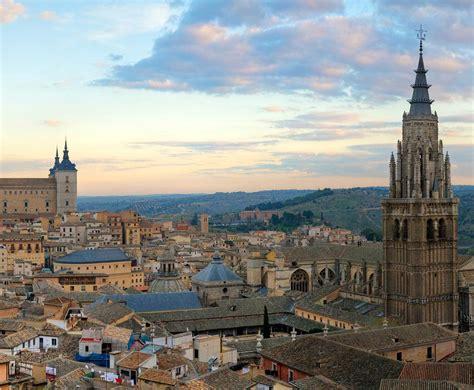 La nueva guía turística de ciudades Patrimonio de la ...