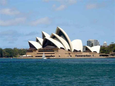 La Ópera de Sidney  Sydney Opera House    El hombre que ...