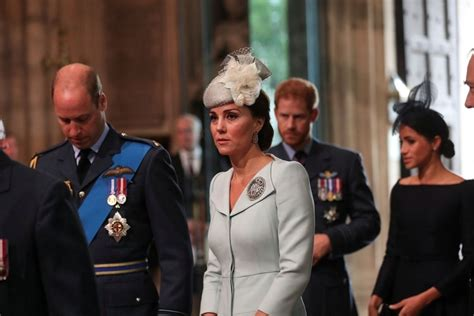 La pelea entre Kate y Meghan que el Palacio de Buckingham ...