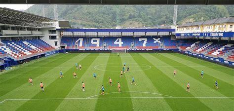 La plantilla del Eibar entrena hoy y el sábado en Ipurua ...