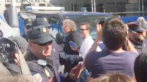 La Policía evita agresiones a Joan Tardà   Noticias ...