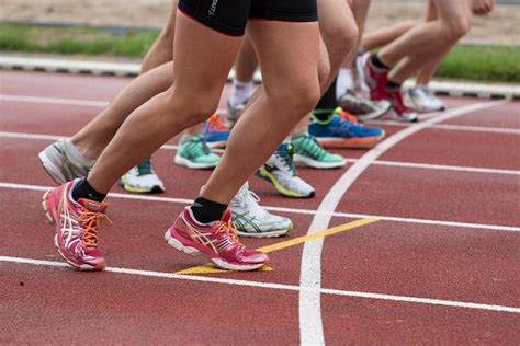 La postura correcta para correr   Mujeres Runners Blog de ...