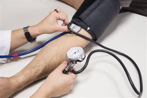 La presión arterial inicia su cuesta abajo 14 años antes ...