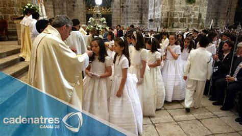 La primera comunión, muy importante en la tradición ...
