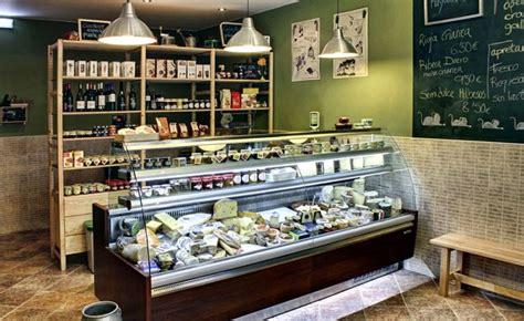 La Quesería  Gijón    Queseria, Diseño interior de tienda ...