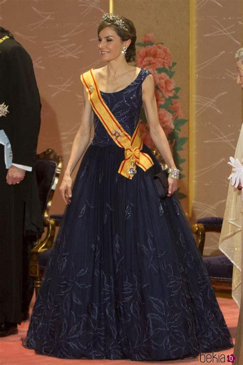 La Reina Letizia en la cena de gala durante su Viaje de ...