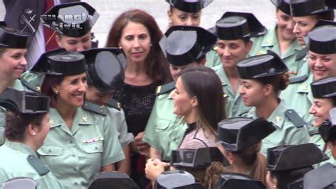 La Reina preside el acto del 30º Aniversario de la mujer ...