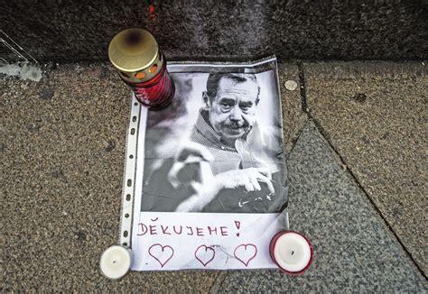 """La República Checa celebra la """"Revolución de Terciopelo ..."""