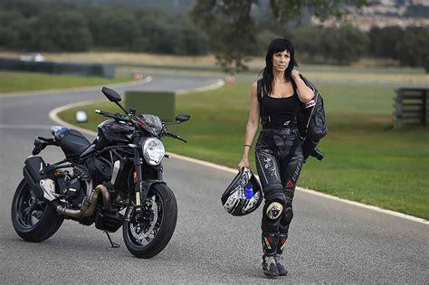 La ropa de moto, ¿Cómo debe ir para protegerme ante una caída?