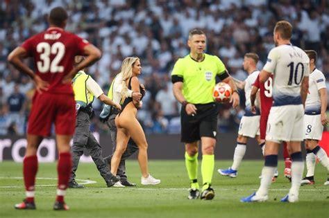 La rubia que invadió la final de la Champions League [+11 ...