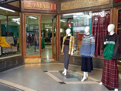 La tienda de ropa vintage más grande de Europa abre en ...
