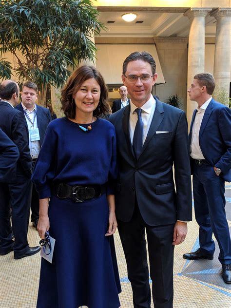 La UE premia la labor de Banco Sabadell por su actividad ...