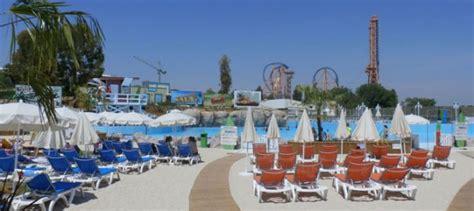 La última oferta acuática de Madrid: Parque Warner Beach ...