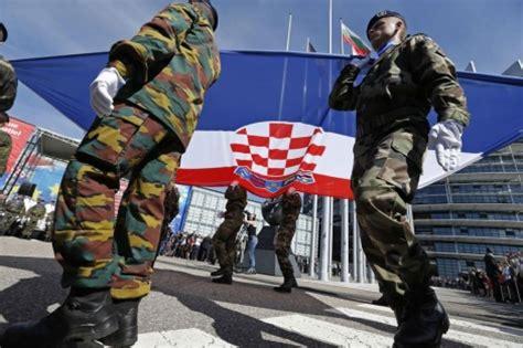 La Unión Europea apunta hacia los países que formaban la ...