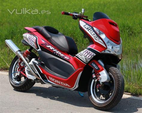 La vida en una motocicleta: Concesionario motos honda valencia