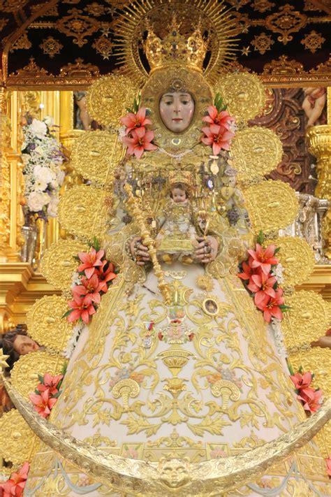 La Virgen del Rocío luce nuevo traje para la Romería 2015 ...