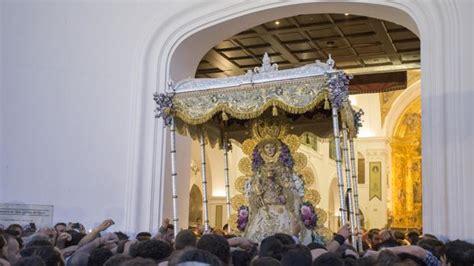 La Virgen del Rocío regresa a su Santuario al despuntar el ...
