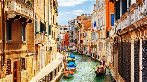 Las canales de Venecia, Italia