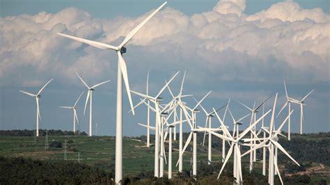 Las energías solar y eólica crecen en el mundo un 20% ...