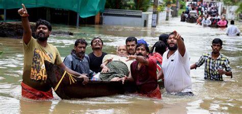 Las inundaciones en India provocan más de 300 muertos en ...