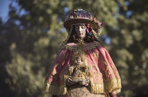Las mejores imágenes del traslado de la Virgen del Rocío ...
