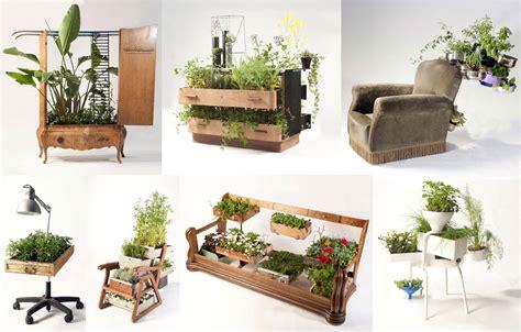 Las plantas que afloran de viejos muebles resucitados ...