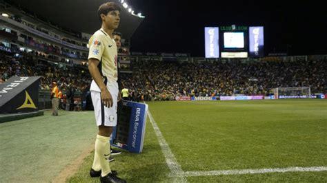 Las razones por las que La Volpe debuta a Diego Lainez ...