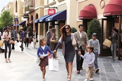 Las Rozas Village, Luxury Outlet Shopping Madrid