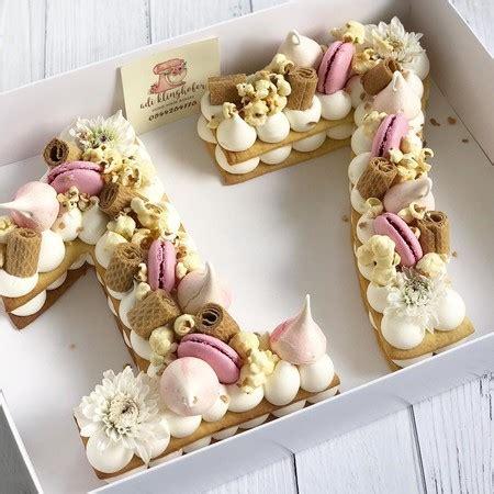Las tartas en forma de letra o de número son las reinas de ...