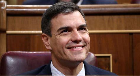 Las tres caras de Pedro Sánchez. Por Rafael García ...