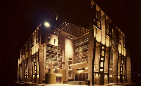 Latin America in Construction: MoMA redefines the ...