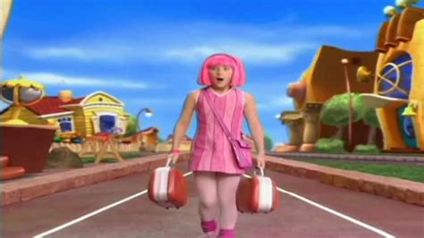 LAZY TOWN OPENING LATINO HD  DVD RIP    YouTube