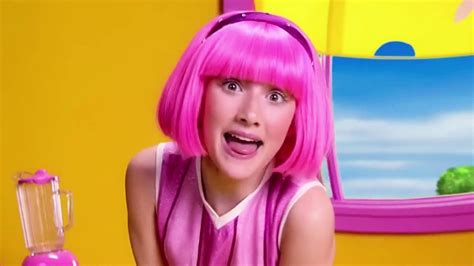 Lazy Town Stephanie Sings and Learns Colours Music Video ...