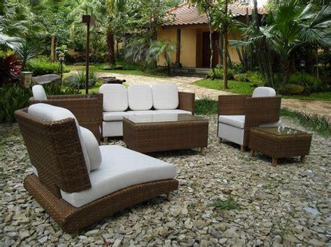 Le meuble de jardin ikea crée des espaces jolis et ...